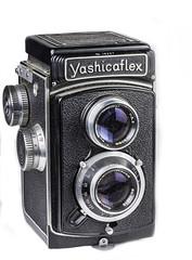 camera 1954 whitebackground softbox yashicaflex homestudio offcameraflash tabletopphotography oldfilmcamera twinreflexcamera yn560 yn560ii yongnuorf603n