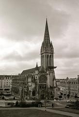 Église Saint-Pierre (The Nexus) Tags: travel vacation bw france film spring kodak trix caen 2012 leicam7 xtol11 leicasummilux50mmf14iii
