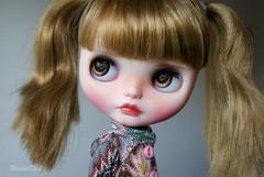 Hazel brown eyes <3