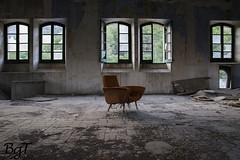 Sillón Rojo (Red Armchair) (borjamuro) Tags: old red españa abstract muro abandoned spain rojo nikon ruins factory sigma alicante ruinas armchair abstracto viejo fábrica abandonado sillón lorcha murodealcoy d7100