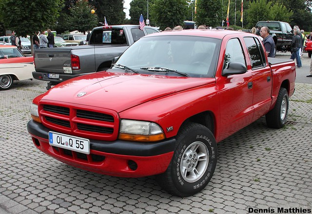 auto red usa black up car america truck germany us big cool ride diesel outdoor cab awesome engine pickup quad turbo bumper german american vehicle dodge strong pick ram powerful dakota meet cummins slt oldenburg 2500 fahrzeug flatbed linien