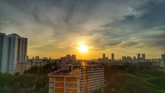 Good morning, a new day begins. (tomquah) Tags: sunrise singapore lg g4 angmokio hdb tomquah hdr sun golden rays flare