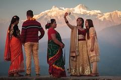 Sarangkot (camelos) Tags: nepal annapurna sarangkot people mountains himalaya snow sunset