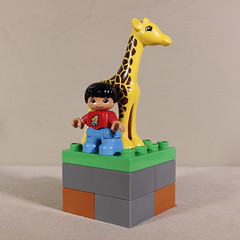 Girl with giraffe (MuTant 99) Tags: home toys lego duplo minifigures girl giraffe statue canonsl1