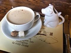 8446 Coffee latte (Andy - Busyyyyyyyyy) Tags: appledore ccc coffee cow cowmilkjug cup inn jjj jug kent latte lll milkjug mmm photostream pub smugglers sss sugarcubes thewalnuttree