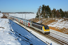 HLE 1345 + IC 2112 (Bruxelles-Midi 12:33 - Luxembourg 15:51), Natoye, 21st January 2017 (cfl1969) Tags: sncb d7100 natoye hle1345 hle13 nmbs alstom