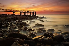 A new sunshine (Anto Camacho) Tags: valenciancommunnity valencia xilxes castellón sunshine longexposure nature pier rocks sky mediterraneansea waterscape landscape
