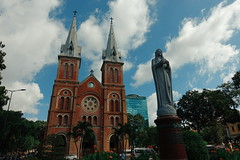 2015-07-02 10.46.47 1 (bihyun1803) Tags: building church vietnam saigon cloudporn skyporn nhathoducba