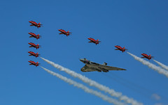 Vulcan and Red Arrows Flypast (Phil Everett Photography) Tags: red aircraft arrows vulcan raf