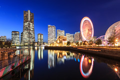 Yokohama Sakuragicho Blue Hour (JIMI_lin) Tags: b japan tokyo yokohama bluehour kanagawa sakuragicho bashamichi kannai   yokohamacosmoworld   21 intercontinentalyokohamagrand   ferriswheelcosmoclock21 minatomiraicenterbuilding  yokohamaminatomirai2121