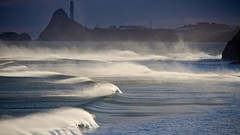 120404.OAKURA.SUNRISE SWELL (John Q2008) Tags: oakura beach sunrise swell offshore feathering waves emptywaves