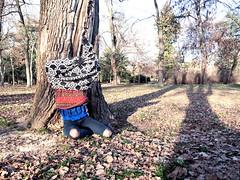 (LaSandra.) Tags: sandralazzarini undercover noface faceless park winter sun light trees