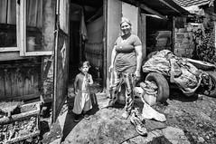Kosovo (Melissa Favaron) Tags: romacamp kosovo kosova fushekosovo plementine blackwhite blackandwhite noiretblanc camporom serbia mitrovica balcani balkan balcanwar guerrabalcani rom children
