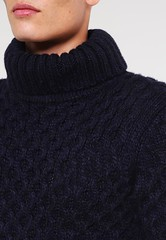 Honeycomb Navy turtleneck sweater (Mytwist) Tags: superdry traditional turtleneck rollneck design vintage vouge grobstrick wool warm woolfetish fashion fetish fisherman fuzzy cabled cozy classic highneck highcollar sexy honeycomb navy