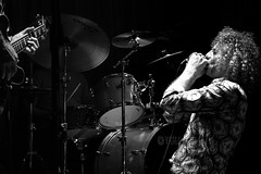 Zac all'armonica (fotomie2009) Tags: musica music live concert raindogs house les trois tetons rock blues savona monocromo monochrome bn bw officine solimano sightandsound