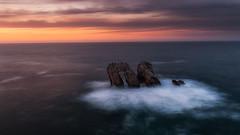 Costa Quebrada (Carpetovetón) Tags: laarnía urros costaquebrada liencres costa cantábrico cielo atardecer anochecer mar marcantábrico marina largaexposición espuma nikond200 sigma1020 cantabria españa