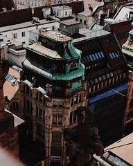 🌐 (fibrr) Tags: building roof oldnew urban trip wroclaw city history
