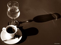 Couleur caf (nathaliedunaigre) Tags: glass coffee caf bar shadows terrasse contraste verre ombres spia matire