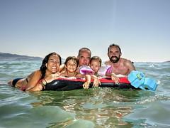 (Pepe Fernández) Tags: amigos sol mar exterior juegos playa niños arena grupo descanso fotodegrupo