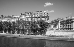Right Bank, La Seine, Paris (Sharon Mollerus) Tags: bw paris fc cfp15