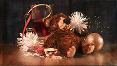 Maybe I should't have .....! (Elisafox22 catching up ;o)) Tags: elisafox22 sony nex6 pentacon50 lens festive ecard mincepie bear babybear wine wineglass streamer red gold stars glass mulledwine glitter tinsel white christmastreedecoration xmas dark sparkle elisaliddell©2017