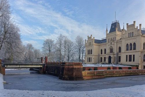 die Evenburg im Winter