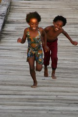 Joy (Pensiero) Tags: wood bridge kids joy happiness run caribbean portfolio stvincent nowar blackribbon wallilabou mundouno blackribbonicon blselect peselect