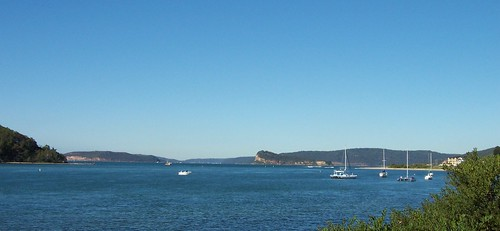 Wagstaffe, Barrenjoey Head & Lion Island from Memorial Ave Ettalong