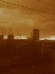 Nearly There (El Fideldo) Tags: sunset sepia train balloch