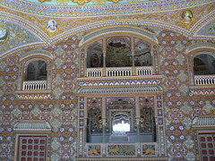 Maharajah's Audience Chamber (Lazy B) Tags: india tag3 taggedout wow tag2 tag1 fort painted 2006 february fz5 indianarchive rajasthan decorated kuchaman audiencechamber