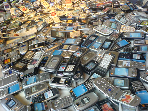 1000 mobile phones