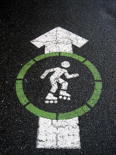 sign vancouver circle stencil skate boogie stanleypark arrow rollerskate