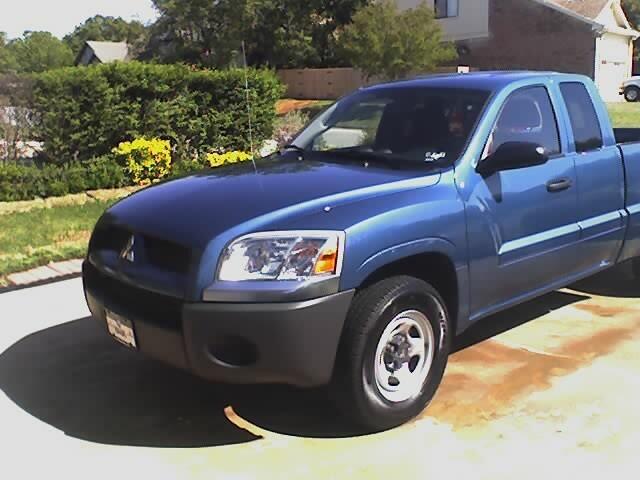 truck mitsubishi raider