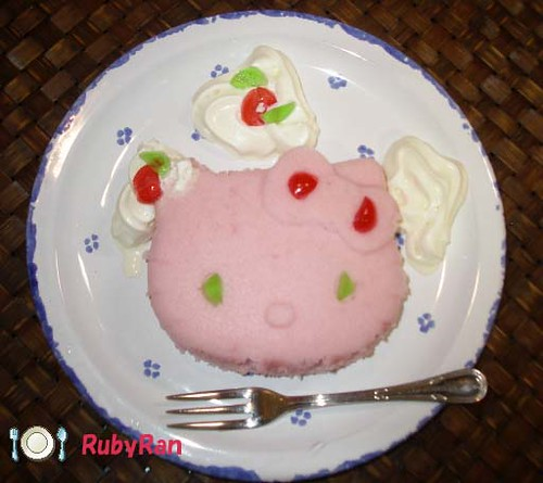 Hello Kitty Sponge cake(=・ェ・=)
