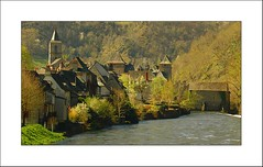 Entraygues-sur-Truyère (S. Lo) Tags: travel france river holidays europe lot aveyron rooves midipyrenees riverscape entrayguessurtruyère francelandscape thechallengefactory