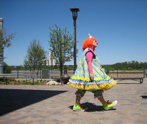 Random Clown by trp0.
