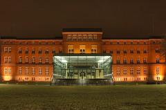 State government - Landesregierung (Siebbi) Tags: longexposure night deutschland nacht dri kiel schleswigholstein nachts