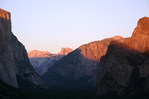 The Sun Sets on Yosemite Valley