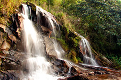 [2006] Cachoeira do Mato Limpo (Diego3336) Tags: road trees brazil tree green fall nature water rain rock stone brasil paraty forest waterfall rainforest rocks stones parati falls waterfalls dunha fccphotochallenge