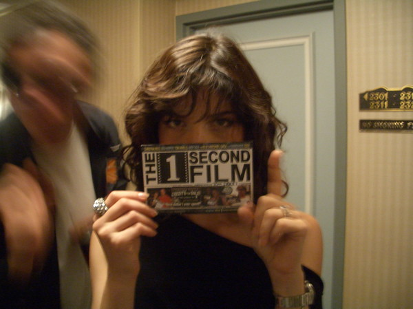 selma blair helps produce the 1 second film by the1secondfilm