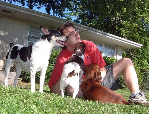 2006-05-13 - DogsOutside0039