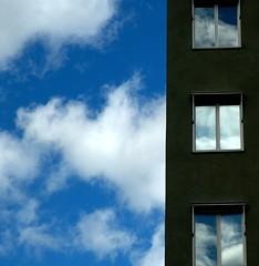 camera lucida (part two) (Visserligen) Tags: windows clouds reflections stockholm rolandbarthes kungsholmen 555v5f interestingness80
