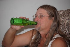 chug a lug (somesmokingmonkeys) Tags: beer itunes dieter