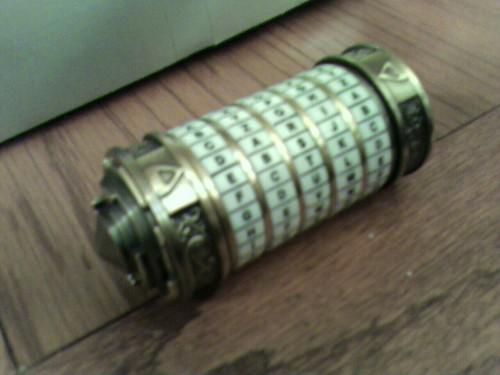 cameraphone davincicode cryptex