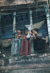 Dhaka balcony (Bangladesh) - by Ahron de Leeuw