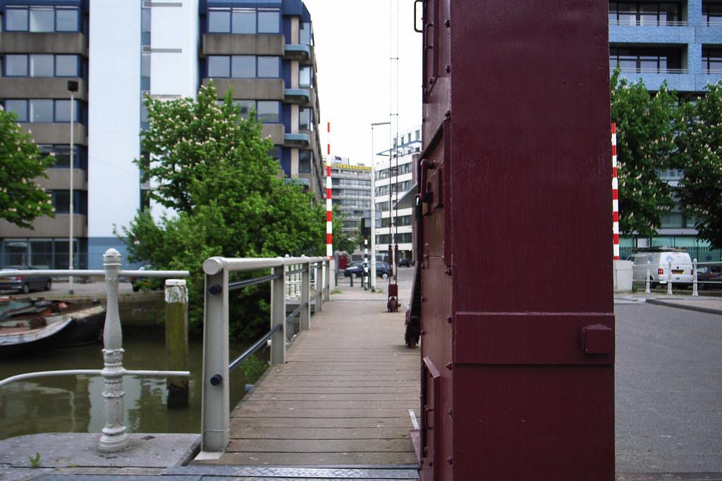 Wijnhaven bridge