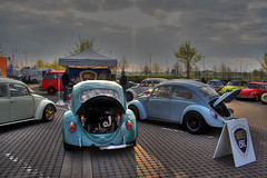 DFL VW Club (Andreas Reinhold) Tags: blue sunset sky sun white bus green cars sunrise bug volkswagen back wheels beetle engine front tent chrome gathering hood ida meet callook hdr lids muffler weber exhaust lid pavillon hoods fusca dfl vwclub decklid 48ida remotec decklids