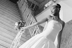 [フリー画像] [人物写真] [女性ポートレイト] [黒人女性] [黒人] [ウエディングドレス] [モノクロ写真]     [フリー素材]