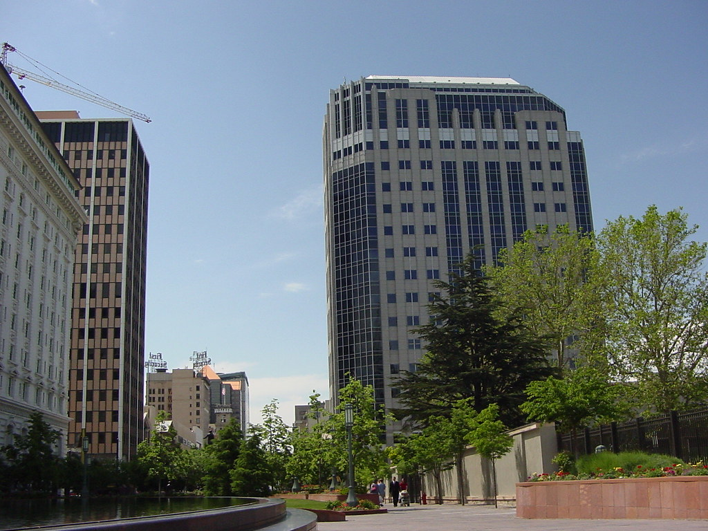 Salt Lake City::Gateway Towers West and East