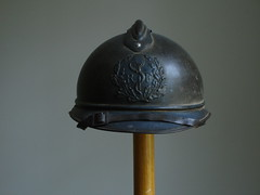 M31-8-f (Eggs and Sausage) Tags: french war military worldwari collections adrian antiques collectables medic firstworldwar helmets realia armyhelmets